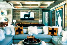 Modern and Minimalist Rustic Living Room Decor Interior Design Living Room Modern, Living Room Designs, Living Room Decor, Living Rooms, Chalet Interior, Interior Design, Chalet Design, Chalet Style, Chalet Chic