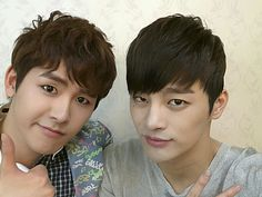 'Reply 1997′s Seo In Guk and Hoya reunite