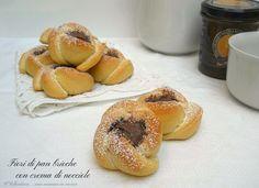 I fiori di pan brioche sono deliziose brioche perfette per la colazione, sono molto semplici da preparare e potete farcirle a piacere