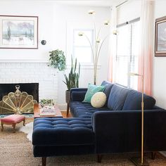 Small Living Room and it works! Blue Couch Living Room, Small Living Rooms, Living Spaces, Moroccan Decor Living Room, Living Room Interior, Living Room Decor, Moroccan Pouffe, Decoration, Interior Design