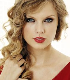 Other famous people Taylor Swift is related to, from the MyHeritage blog.