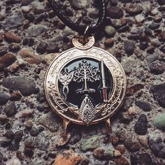 Lord of the Rings & The Hobbit Necklace. Hand forged and metal. Extremely detailed artwork. #lotr