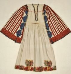 Bridal chemise from Astypalaia island (Dodecanese, near the Turkish coast).  Greek, 19th century.