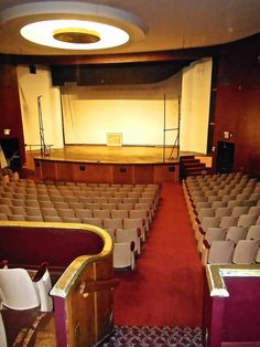 WSHG.NET | Now and Then — Roxy Theater | Featured, People & Places | March 26, 2015 | WestSound Home & Garden