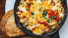 Æggekage i pande med brød