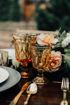 Tableware and rug from Southern Vintage. Photo by Chelsey Dellinger. Flowers Bowman and Clark. Paper goods by Lime Papiere Boho Wedding, Wedding Table, Fall Wedding, Wedding Reception, Dream Wedding, Wedding Shot, Wedding Decorations, Table Decorations, Table Centerpieces