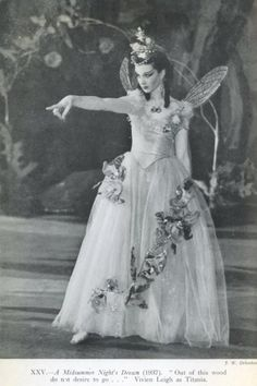 Vivien Leigh, playing faery Queen Titania in Shakespeare's 'A Midsummer's Nights Dreams'.