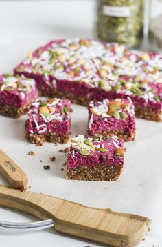 Healthy Protein Bars Perfect for A Post-Workout Snack-Chocolate Berry Superfood Bars