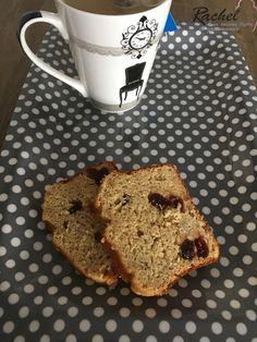 Banana bread sans matières grasses aux cramberries séchées. Voici une recette idéal pour le petit déjeuner ou le goûter. Une recette sans beurre.