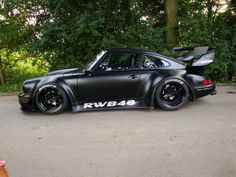 Porsche 911 Source by Porsche 911 Targa, Porsche Autos, Porsche Cars, Custom Porsche, Black Porsche, Tuner Cars, Japanese Cars, Modified Cars, Sexy Cars