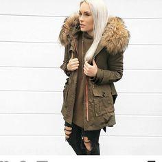 #fur #furs #furcoat #furjacket #furstyle #furcollar #furfashion #fashion #hair #fashionstyle #fashiononline #russia #luxurylife #luxuryfur #womaninfur #furfun #photooftheday #silverfur #furlove #glamour #pelliccia #pels #mexa #pelz #moda #fourrure #pelzmode #xxlfur #ilovefurfashion #furgirl