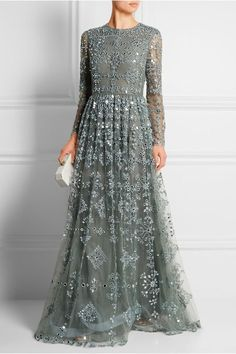 Super Ideas For Dress Hijab Soiree Haute Couture Indian Gowns, Pakistani Dresses, Indian Evening Gown, Indian Lengha, Evening Dresses, Prom Dresses, Formal Dresses, Hijab Fashion, Fashion Dresses
