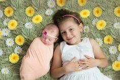 Sesja noworodkowa,  noworodek z rodzeństwem, newborn with sister