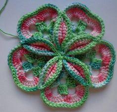Flor com 5 Quadrados -  /   Flower with 5 Squares -