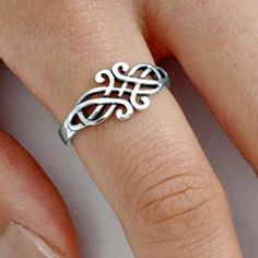 .925 Sterling Silver Ring size 7 Celtic Triad Triquetra Ladies Knuckle New pp33 #Unbranded #Band
