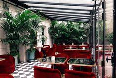 Le Très Particulier Cocktail Bar (in the Hotel Particulier de Montmartre),23 avenue Junot, Pavillon D, 75018, Paris