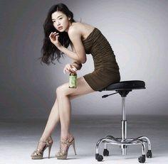 Jun JiHyun 전지현 全智賢 - Actress - http://www.luckypost.com/actress/jun_jihyun/jun-jihyun-%ec%a0%84%ec%a7%80%ed%98%84-%e5%85%a8%e6%99%ba%e8%b3%a2-actress-20/