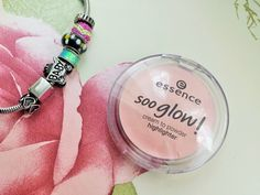 Essence Cosmetics Highlighter Review, My New Go-To Product!  http://zaras-bowsandpearls.blogspot.co.uk/2015/01/review-essence-sooo-glow-cream-to.html
