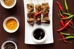 Restaurant Jun is een eigentijds Indonesisch restaurant midden in Amsterdam. We serveren de lekkerste Indonesische gerechten en perfect aansluitende wijnen.
