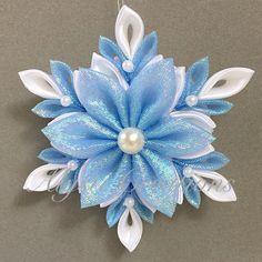 Iridescent Kanzashi Pointed Flower Christmas Tree Ornament