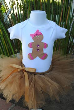 Gingerbread Cookie shirt... LOVE it!