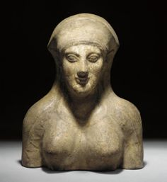 ETRUSCAN TERRACOTTA PROTOME OF A VESTAL VIRGIN, C.450B.C