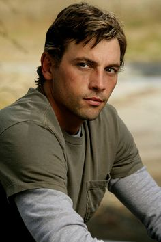 Explore the best Skeet Ulrich quotes here at OpenQuotes. Quotations, aphorisms and citations by Skeet Ulrich Hot Actors, Actors & Actresses, Skeet Ulrich, Interview, Good Looking Men, Beautiful Men, Beautiful People, Pretty People, Movie Stars