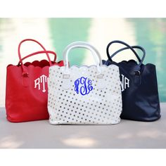 Monogrammed Scallop Purses from Marleylilly.com!!