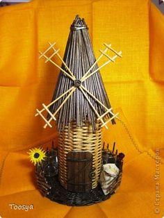Поделка изделие Плетение Мельница Бумага газетная Трубочки бумажные фото 5