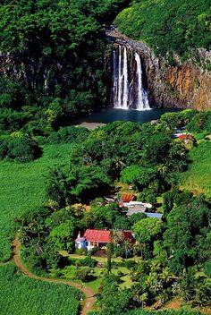 Reunion Island - France https://www.hotelscombined.fr/Hotel/Blue_Margouillat_Seaview_Hotel_Saint_Leu.htm?a_aid=150886