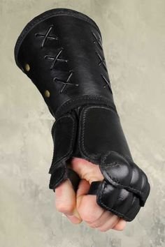 Leather Gauntlet - Left Hand - Black, LARP Inn