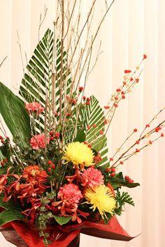 講演会の演台花