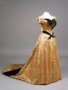 House of Worth, Evening Dress Worn by Empress Maria Fyodorovna. Paris, 1890s.