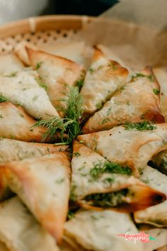 Aperitivos Finger Food, Spanakopita, Queso, Finger Foods, Carne, Camembert Cheese, Pizza, Pastel, Lunch