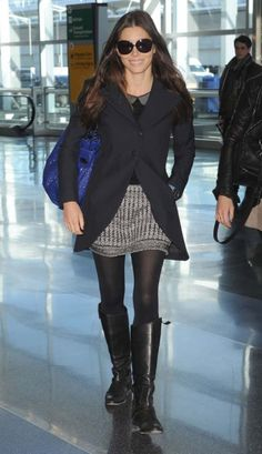 Jessica Biel at the airport leaving New York City. I love her look.