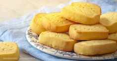 These traditional biscuits have a long history. My Recipes, Bread Recipes, Sweet Recipes, Favorite Recipes, Yummy Drinks, Yummy Food, Shortbread Biscuits, Cooking Time, Sweet Tooth