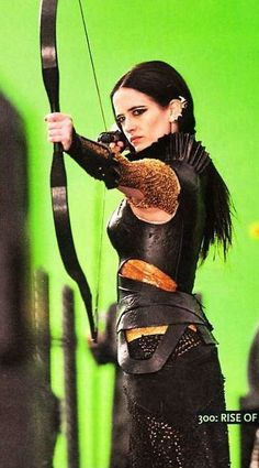 Artemesia-Eva Green - 300 rise of an empire leather armour costume Eva Green 300, Ava Green, 300 Movie, Actress Eva Green, Provocateur, Penny Dreadful, French Actress, Movie Costumes, Sensual