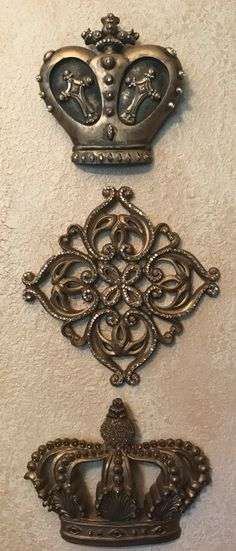 Sir Oliver's by Reilly-Chance Collection offers exquisitely detailed Home Decor in a variety of Crosses, Crowns, Fleur de Lis, Sconces, and more. We have something for both your wall decor and table top decor needs!