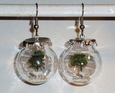 Ohrringe Baum Schaf in Glaskugel handgemacht  von Verrückte Ohrringe und Schmuck Welt auf DaWanda.com