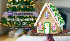 Free online gingerbread house and cookie tutorial with @creativebuginc