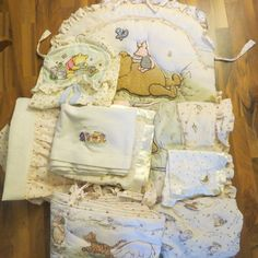 CLASSIC WINNIE THE POOH CRIB NURSERY BEDDING & DIAPER STACKER * 9 ITEMS