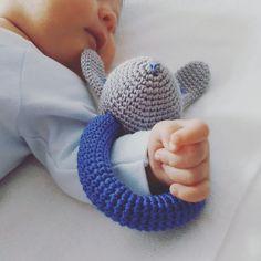 sonajero bunny ganchillo - crochet bunny rattle - amigurumi de Inayass en Etsy