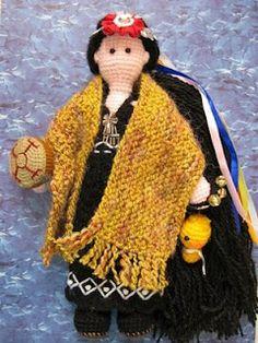 Lliu Lliu, amigurumi Pachamama doll