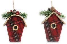 Plaid ornament birdhouse. I could so make these! It wouldn't be a lot to take the small wooden bird houses they sell at craft stores and cut some plaid fabric to fit! ❤️Aff