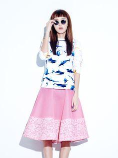 AU JOUR LE JOUR Shark + Barbie Printed Sweatshirt Top - WWW.THEOLIVESHOPPE - Olive Shoppe