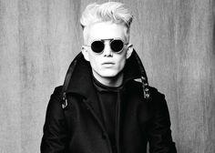 Black Menswear & Chic Sunglasses