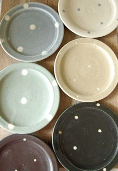 ~ little dotted plates ~