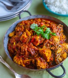 Find out about indian food pakora. Indian Chicken Recipes, Chicken Mushroom Recipes, Indian Food Recipes, Ethnic Recipes, Great Recipes, Dinner Recipes, Vegan Gains, Zeina, Recipe For Mom