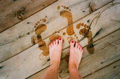 Wet feet after the beach Pink Summer, Summer Of Love, Summer Vibes, Summer Fun, Summer Days, Happy Summer, Happy Weekend, Summer 2014, Summer Beach
