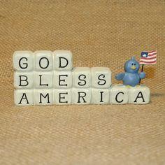 God Bless America Blossom Bucket Resin Figurine Suzi Skoglund #BlossomBucket